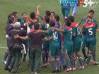 视频-墨西哥爆冷夺男足金牌 球员教练欢喜庆祝