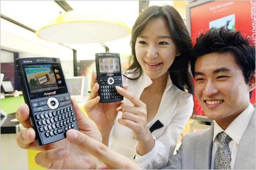 QWERTY全键盘三星3G智能新机M620曝光