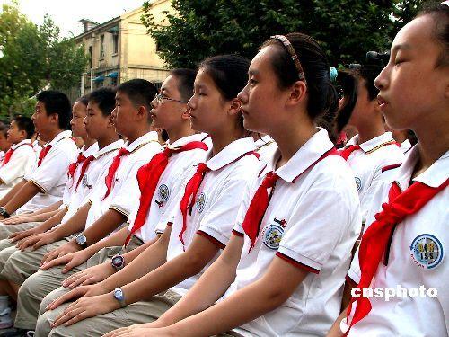 中国学生连线国际空间站宇航员称没看到长城