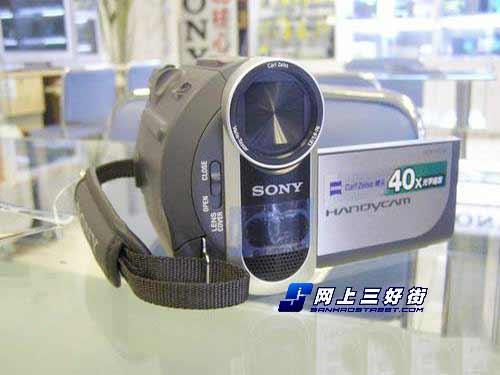 40倍光变磁带式DV索尼HC38E仅售2350元