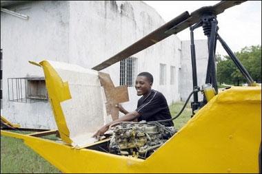 土制直升飞机轰动尼日利亚