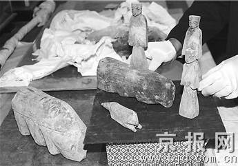 科技时代_甘肃武威发现东汉精美木雕(图)