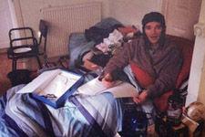 英男子患罕见电磁波过敏症终身无法接触电器