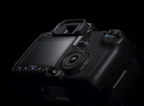 新品上市倒计时看哪款数码相机更超值