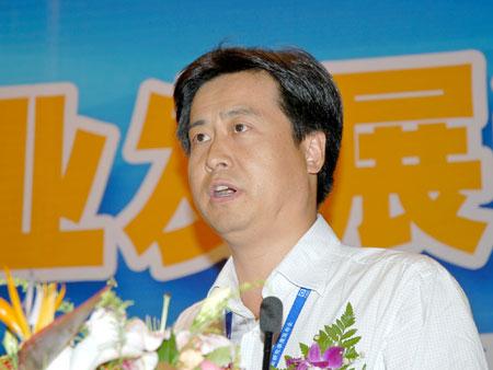 科技时代_图文:四川虹欧显示器公司副总经理贾云涛