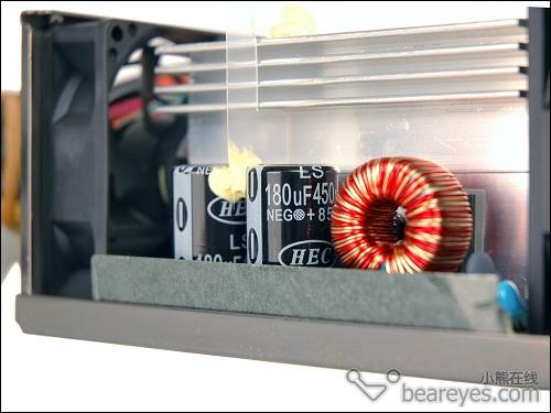 主动pfc电路输出的高压直流电来到了电源的核心&