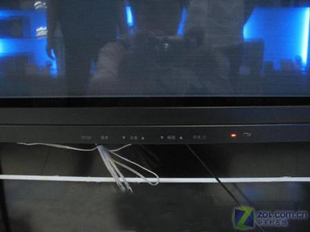 长虹LT3212液晶电视   外观方面,长虹LT3212液晶电视采用...