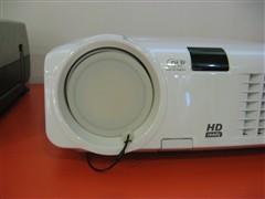 家用奢华高清投影奥图玛HD70跌破万元