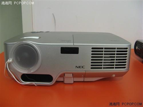 跌破9千元NEC便携式商务投影机NP50+