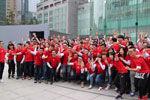 视频:重庆解放碑苹果零售店开业现场