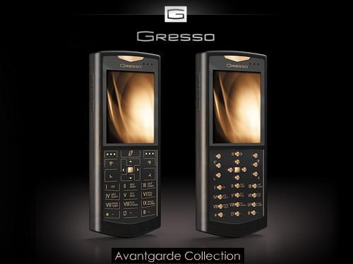 标题:7万元奢华智能手机上市 非洲黑檀和黄金制作  时间:2007-08-10 19:22:44