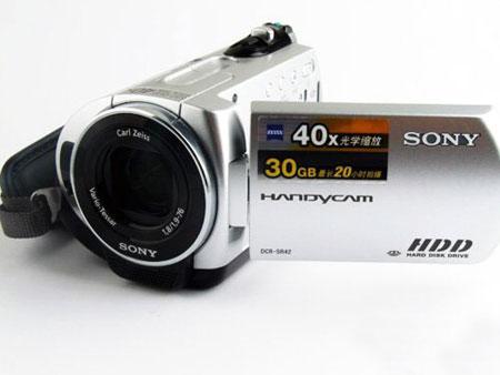 第一视频:入门级硬盘摄像机索尼SR42E