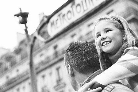心理学家称父亲影响女儿择偶标准(图)
