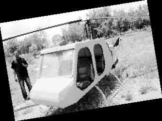 非洲大学生自制直升机