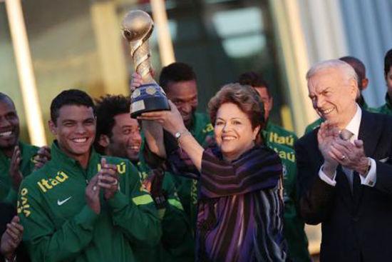 巴西总统办世界杯输了人心