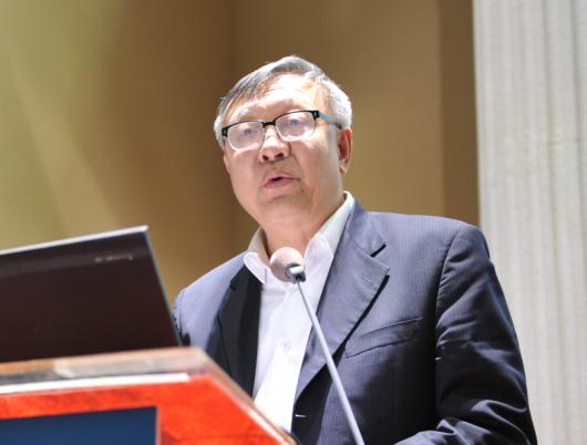 中国银联执行副总裁 柴洪峰