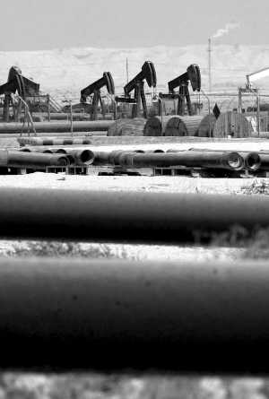 供应形势严峻国内成品油市场面临两难选择