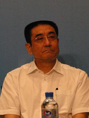 图文:国家开发银行副行长刘克崮