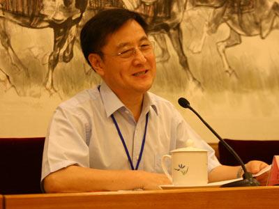 图文:常务副理事长张景安先生做章程修改报告