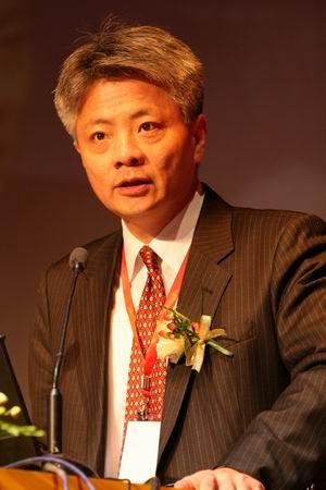 图文:埃森哲大中华区主席李纲致欢迎辞