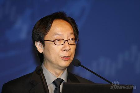 图文:恒生银行副总经理冯孝忠发言