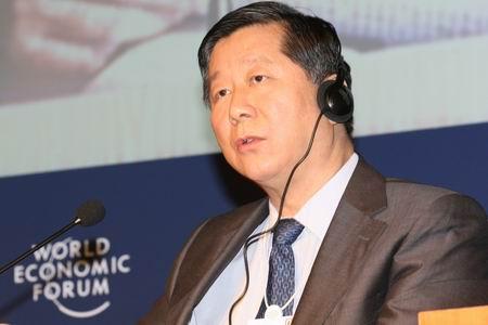 图文:中国证券监督管理委员会主席尚福林