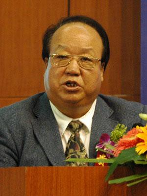 图文:中石油天然气副总裁胡文瑞