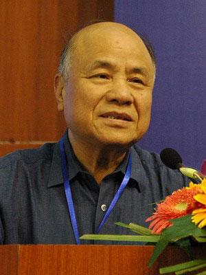 图文:中国工程院院士倪维斗
