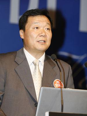 图文:中国银行个人金融部总经理岳毅