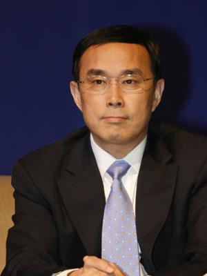 图文:中国联通董事长常小兵