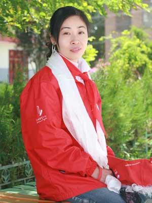 甘肃省迭部县藏文小学行活动志愿者:姜丹丹