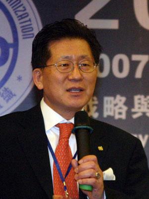 图文:香港理工大学田桂成