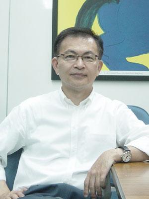 台湾媒体科技与创意产业研究中心创设人李天铎