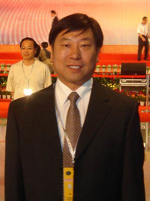 中国传媒大学媒体管理学院院长李怀亮