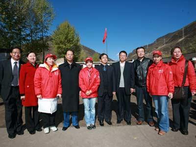 体育冠军和青海省环保局的领导