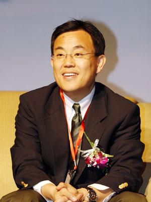 图文:新闻集团全球副总裁高群耀