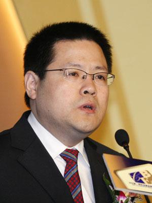 图文:《第一财经日报》总编辑秦朔致开幕词