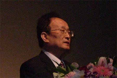 王连洲:投资基金获利丰厚风险意识需要增强