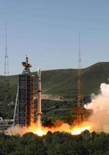 """我国成功发射第三颗""""资源一号""""卫星"""
