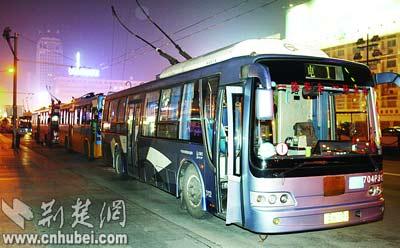 武汉近70辆电车发怪病三度出现故障(图)