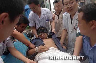 河南获救矿工讲述被困75小时(图)