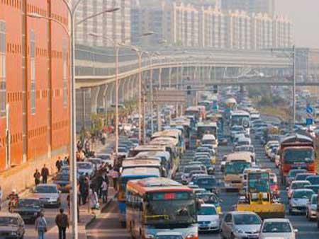 北京发改委副主任称低价公交政策取向不变(图)