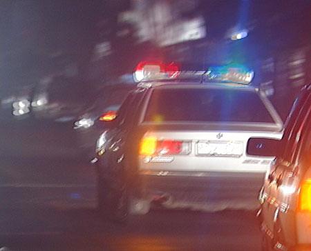 北京军区联手警方捣毁制假军车牌源头
