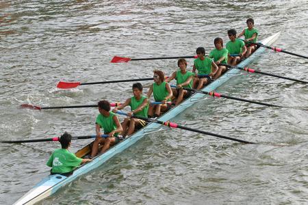 大学生赛艇比赛