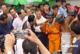 图文:河南陕县矿难被困69名矿工全部安全获救