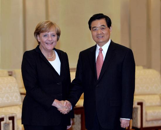 图文:胡锦涛会见德国总理默克尔