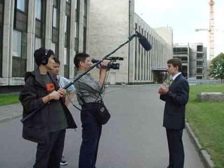 图文:采访莫斯科国际关系学院辩手