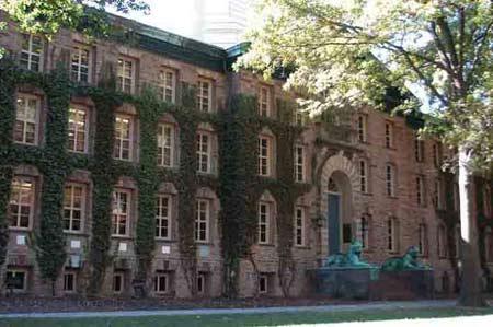 图文:普林斯顿大学最早建筑纳莎堂