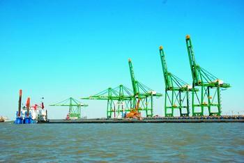 图文:我国最大保税港区12月封关运作