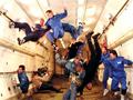 揭秘国外航天员的太空失重生活